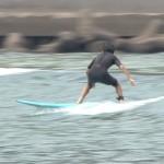 鵜戸小中学校でサーフィン授業