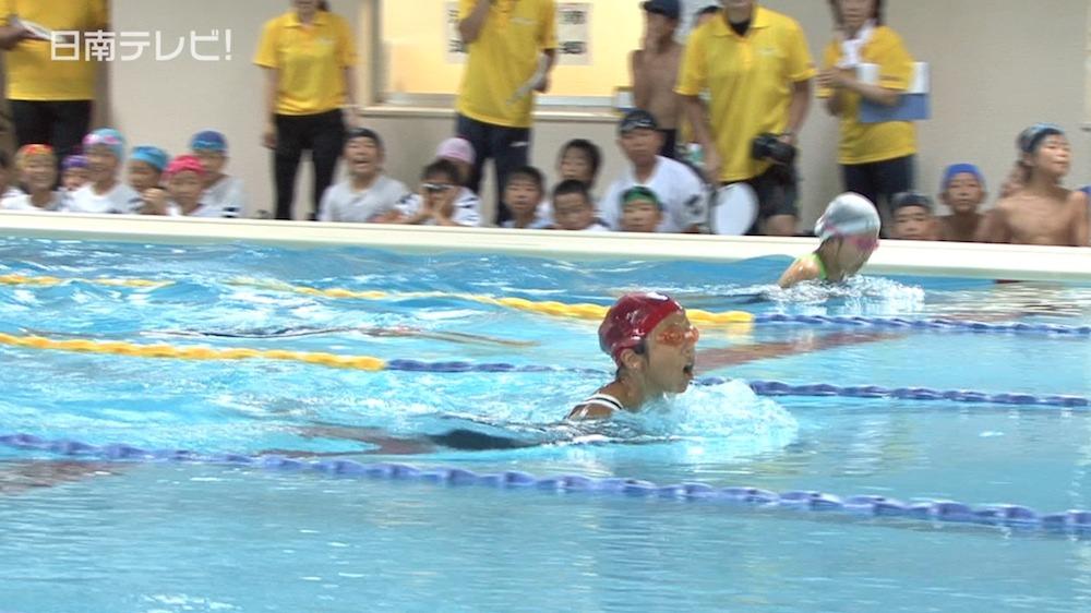 日南市小学校の水泳記録会