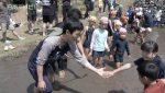 棚田で泥んこ遊び